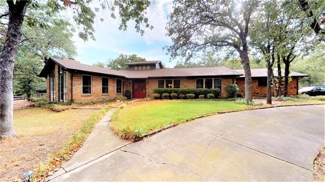 1033 Thornridge Circle, Argyle, Texas