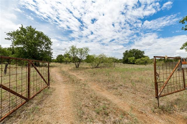 primary photo for 952 McEntire, Graham, TX 76450, US