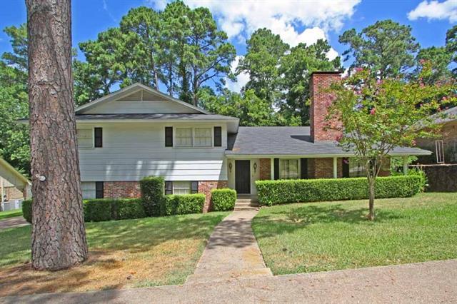 2810 Roanoke Lane, Tyler, Texas