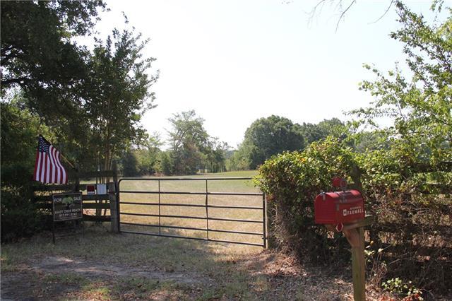 520 County Road 3520 Dike, TX 75437