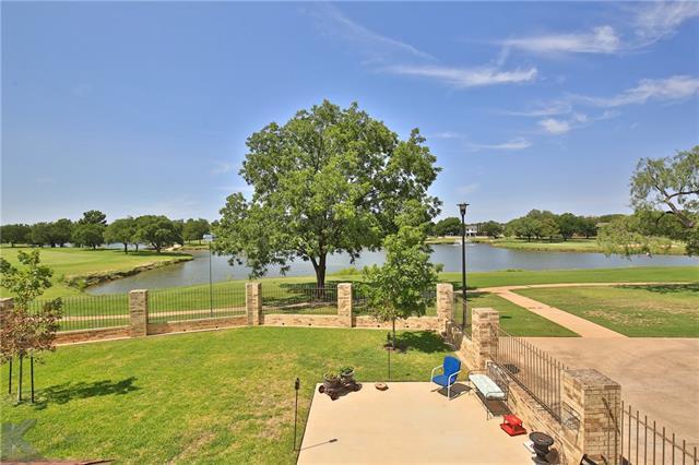 8 Fairway Oaks Boulevard Abilene, TX 79606