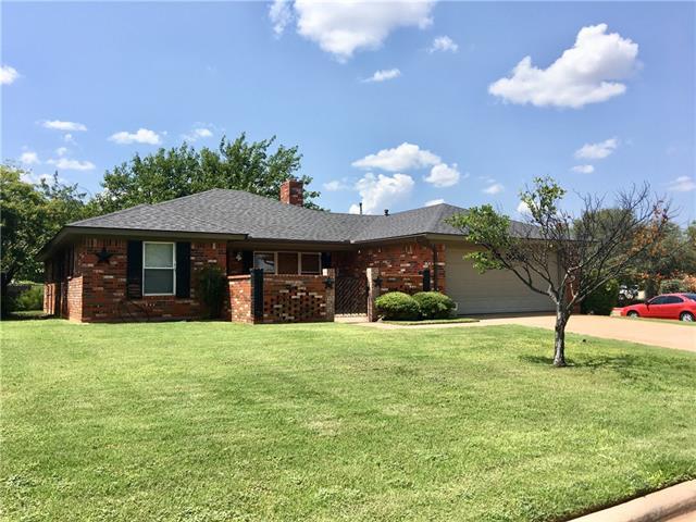 2502 Woodridge Drive Abilene, TX 79605