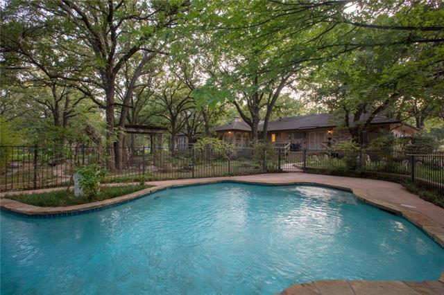 4000 Post Oak Road, Flower Mound, Texas