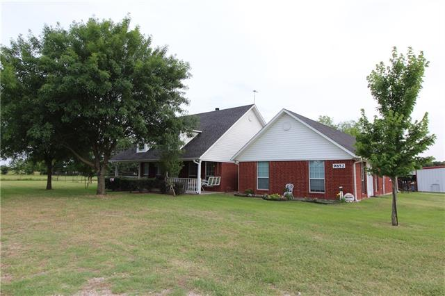 9852 County Road 4083 Scurry, TX 75158