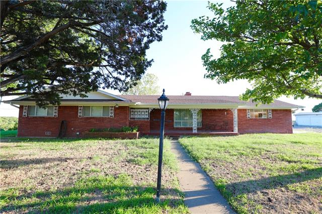 202 Williams Road Weatherford, TX 76087