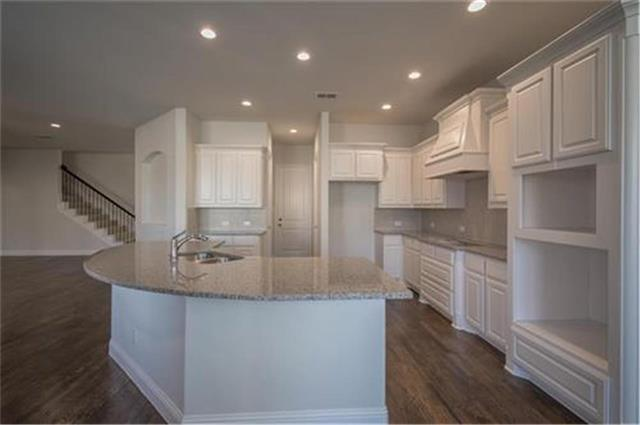 5228 Distant View Drive, Fort Worth Alliance, Texas
