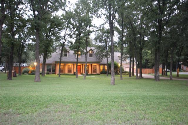 517 Oak Hills Drive Newark, TX 76071