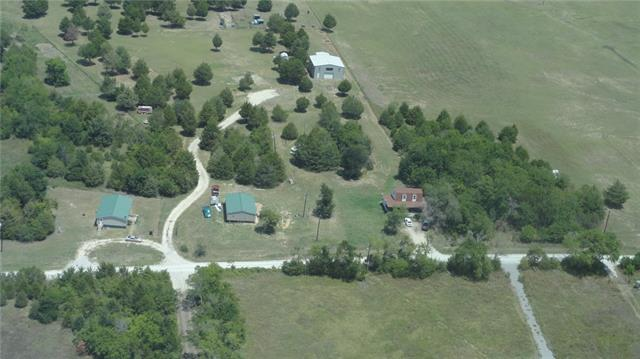 4114 County Road 4111 Campbell, TX 75422