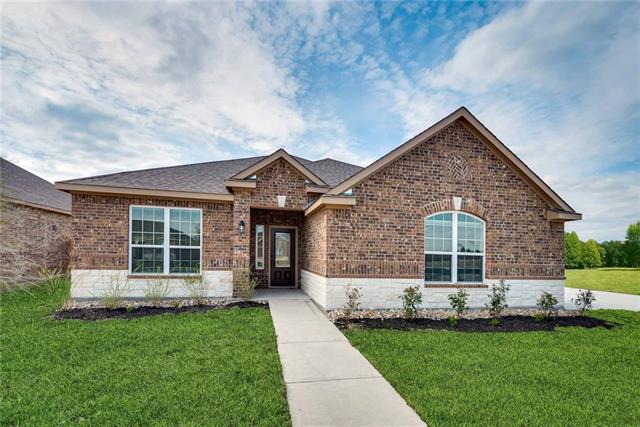 611 Roaring Springs Drive Glenn Heights, TX 75154