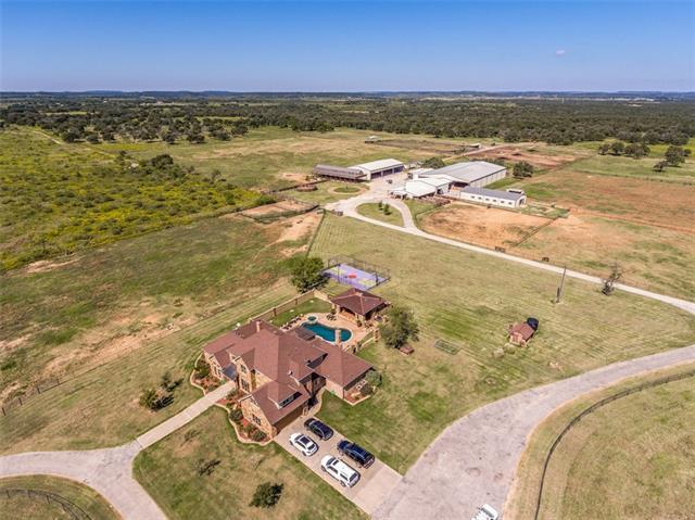 2454 380 w state highway Jacksboro, TX 76458