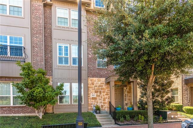 3912 Asbury Lane, Addison, Texas