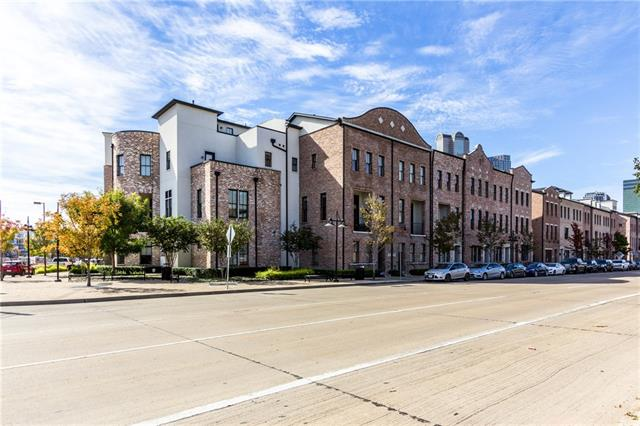 793 S Cesar Chavez Boulevard, one of homes for sale in Dallas Downtown