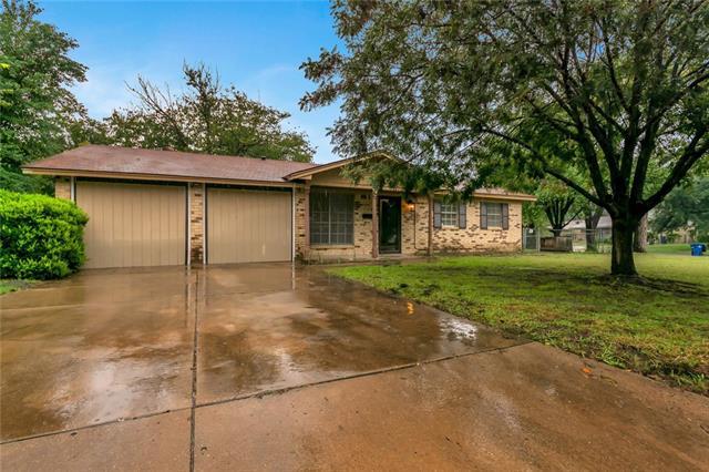 620 Christie Court Everman, TX 76140