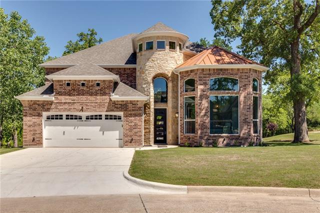 308 Familia Court, Eagle Mountain, Texas