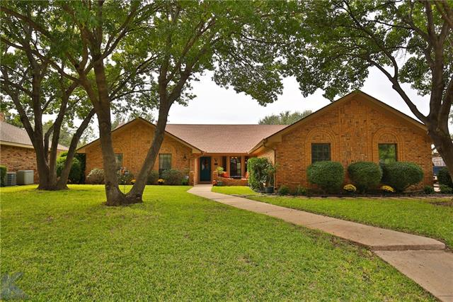 30 Hoylake Drive Abilene, TX 79606