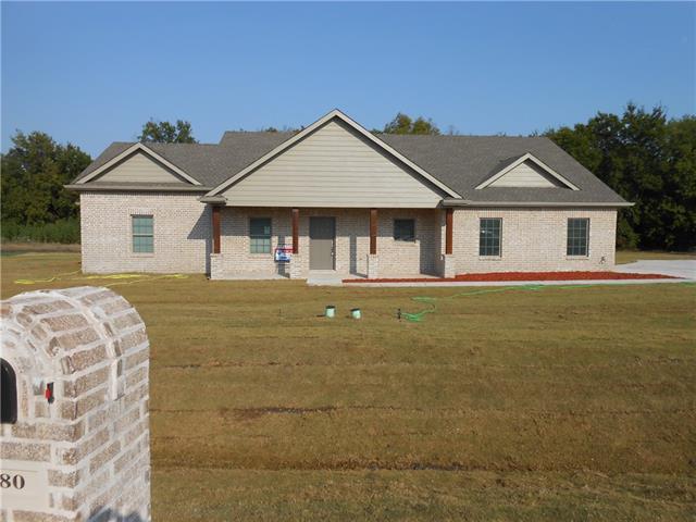 880 Southgate Court Farmersville, TX 75442