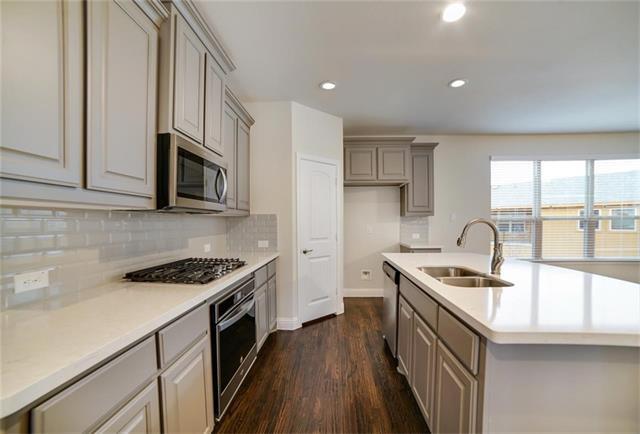 2685 Venice Drive, Grand Prairie in Dallas County, TX 75054 Home for Sale