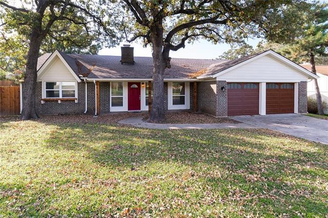 3609 Berwick Lane, Bedford, Texas