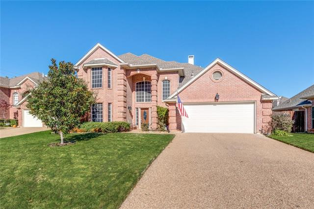 2709 River Forest Court, Bedford, Texas
