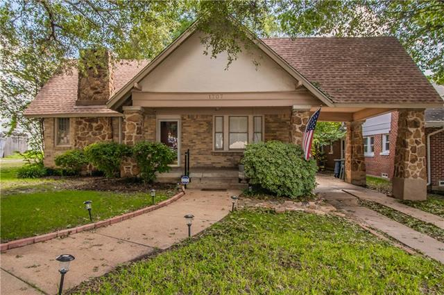 1707 THOMAS Place, Fort Worth Alliance, Texas