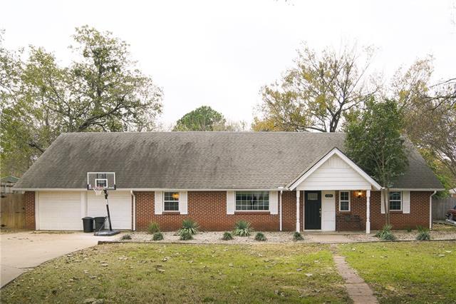 1104 Shady Pine Court Bedford, TX 76021