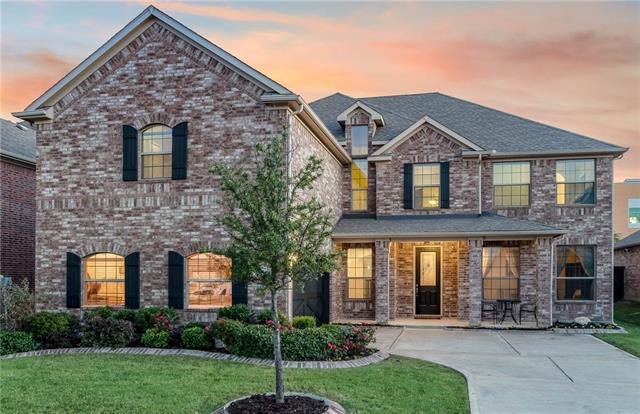 528 Royal Glade Drive, Keller, Texas