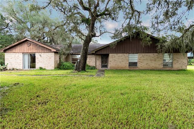 4972 County Road 517 Brazoria, TX 77422