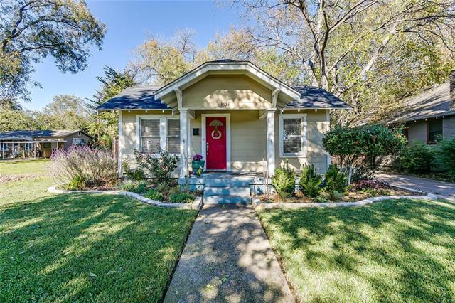 One of Fort Worth Central West 3 Bedroom Homes for Sale at 3824 Calmont Avenue
