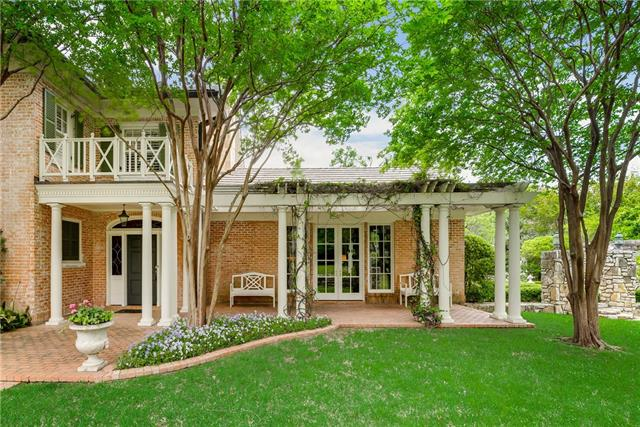 900 Alta Drive, one of homes for sale in Fort Worth Central West