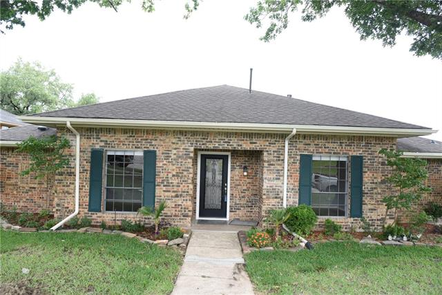 3002 Apple Valley Drive, Garland, Texas