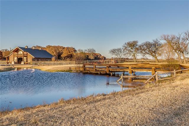 1824 Nutt Grove Court Granbury, TX 76049