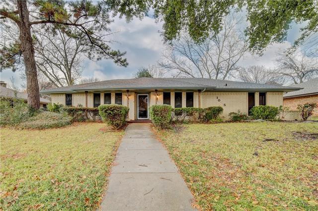 1045 Rosewood Drive, De Soto, Texas