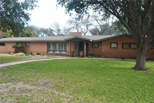 1469 Tanglewood Road Abilene, TX 79605