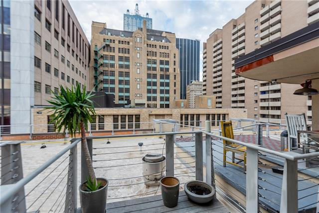 One of Dallas Downtown 1 Bedroom Homes for Sale at 1122 Jackson Street
