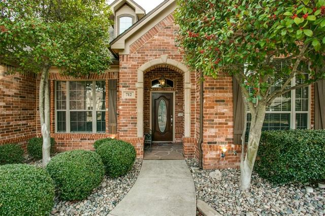 712 Cabernet Court, Grapevine, Texas