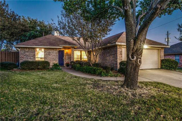 Keller Homes for Sale -  Single Story,  993 Meadow Circle N