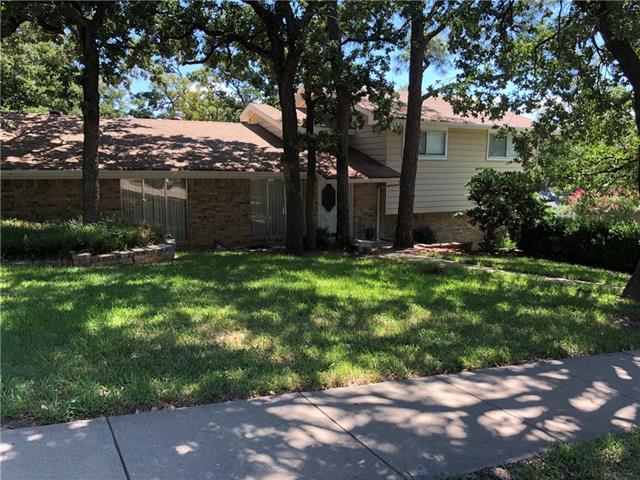 1000 Wade Drive, Bedford, Texas