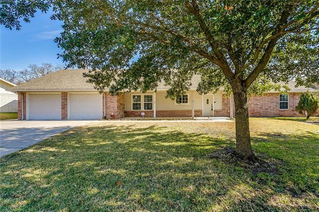 215 Mistletoe Lane Keene, TX 76059