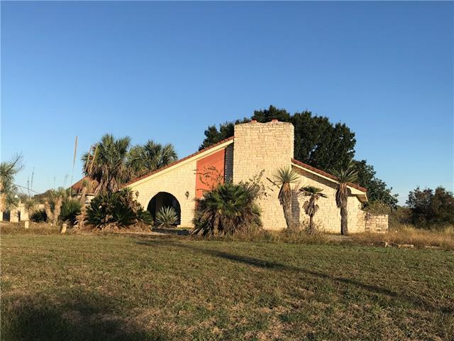 5115 River Oaks Drive, Kingsland, Texas