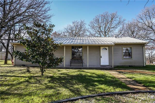 182 Private Road 1386 Alvord, TX 76225