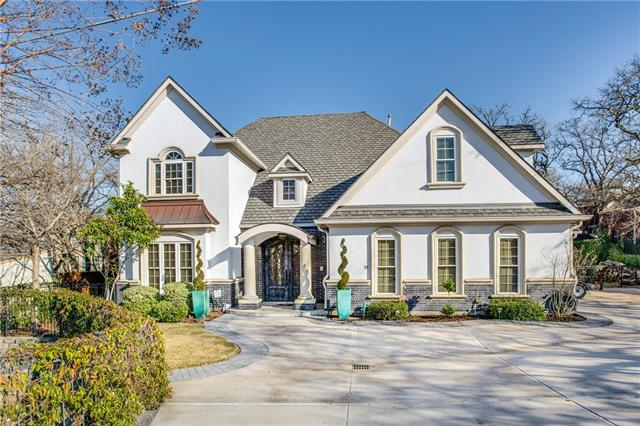 One of Highland Village 3 Bedroom Homes for Sale at 120 Hickory Ridge Drive