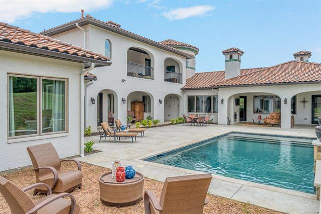1628 Wicklow Lane, Keller, Texas