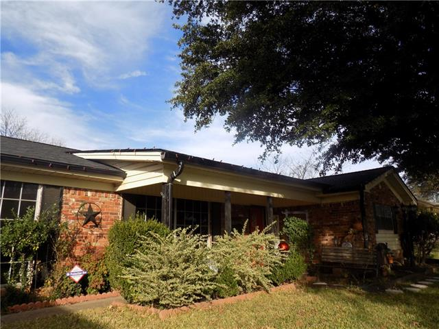 208 Chateau Drive, Fort Worth Alliance, Texas