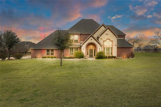 7644 Fall Creek Road Terrell, TX 75160