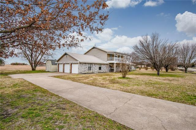826 Shady Brook Lane Red Oak, TX 75154
