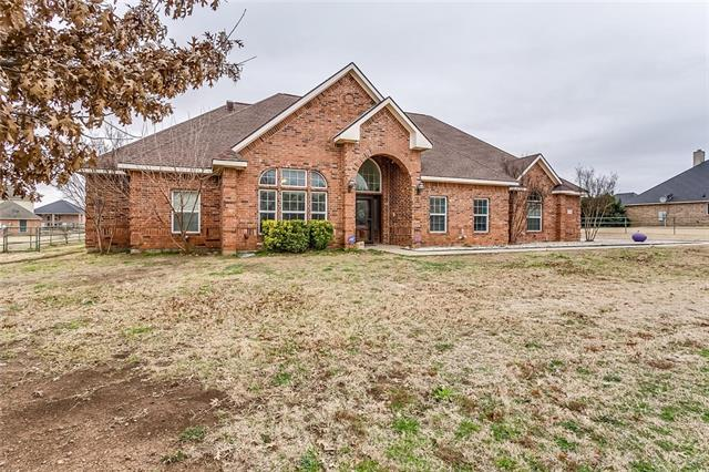 1020 Blue Roan Lane Crowley, TX 76036