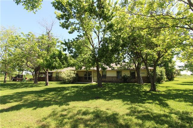 8160 County Road 4093 Scurry, TX 75158