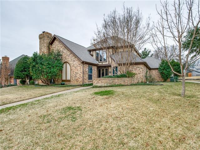 3705 Hillwood Way, Bedford, Texas