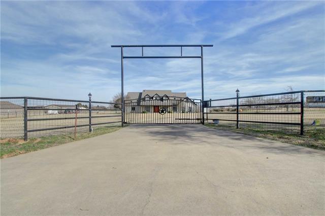 4012 County Road 805 Cleburne, TX 76031