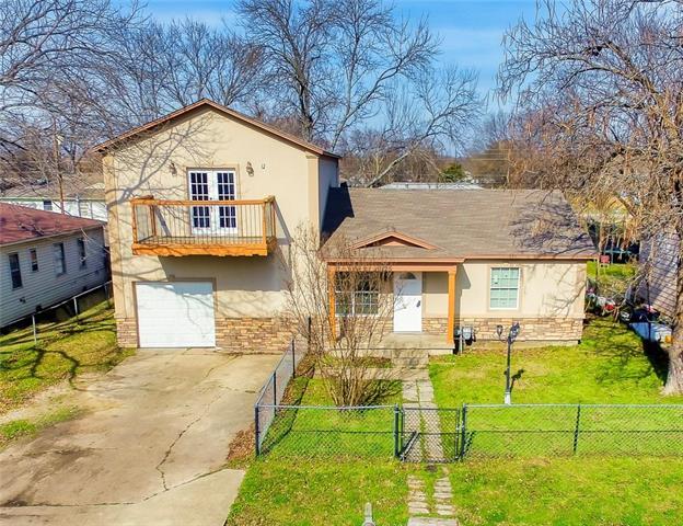 11225 Iris Drive Balch Springs, TX 75180